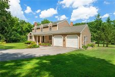 179 Little Pond County Rd