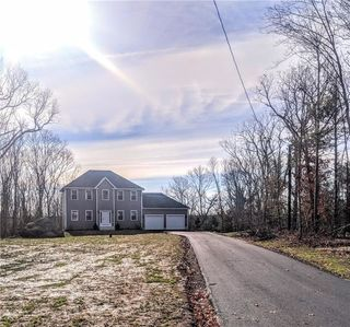 20 Carriage Hill Rd