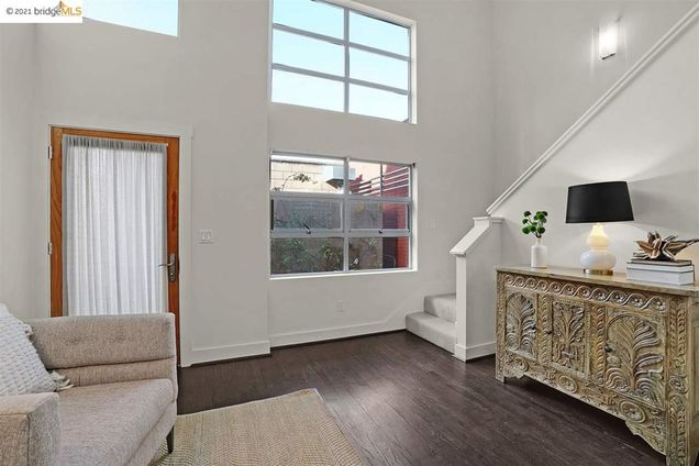 2843 7th St - Photo 1 of 24