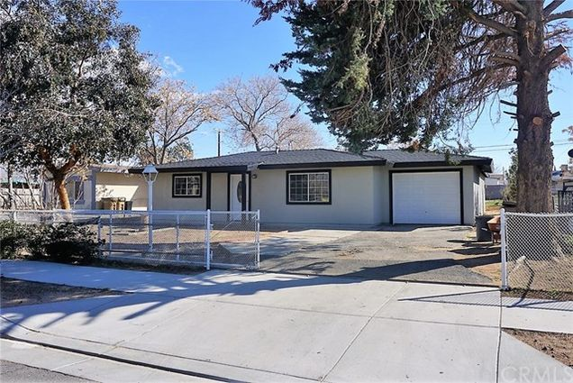 16083 Smoke Tree Street, Hesperia, CA 92345 - MLS