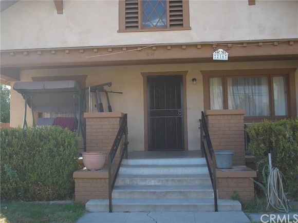 216 S Mount Vernon Avenue S, San Bernardino, CA 92410