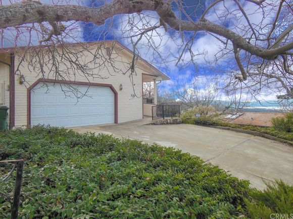 3003 Riviera Heights Drive - Photo 1 of 32