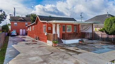 1354 W 36th Place