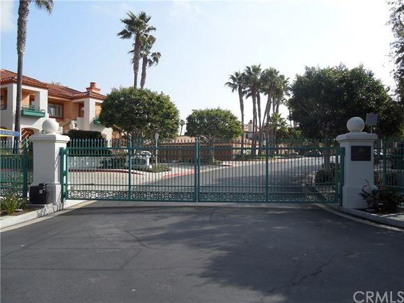 203 E Villa Point Drive Newport Beach Ca 92660 Mls Np17156245 Estately