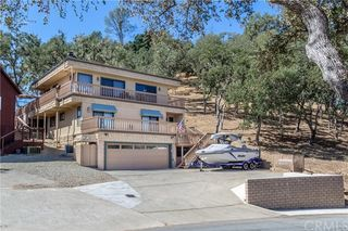 2745 Lookout