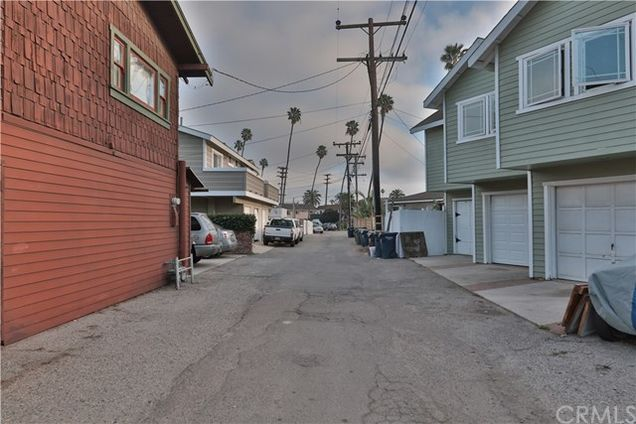 816 Palm Avenue, Huntington Beach, CA 92648 - MLS