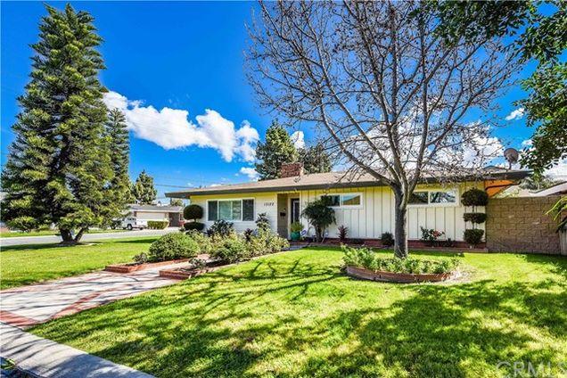 13122 Vener Drive. 13122 Vener Drive Garden Grove CA