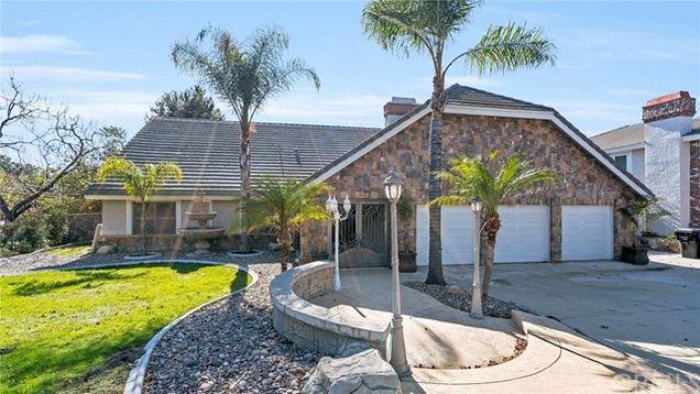 8287 Thoroughbred Street Rancho Cucamonga Ca 91701 Mls