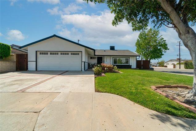 3239 Nebraska Place - Photo 1 of 56