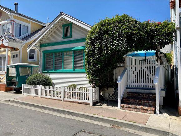 335 Clemente Avenue - Photo 1 of 16