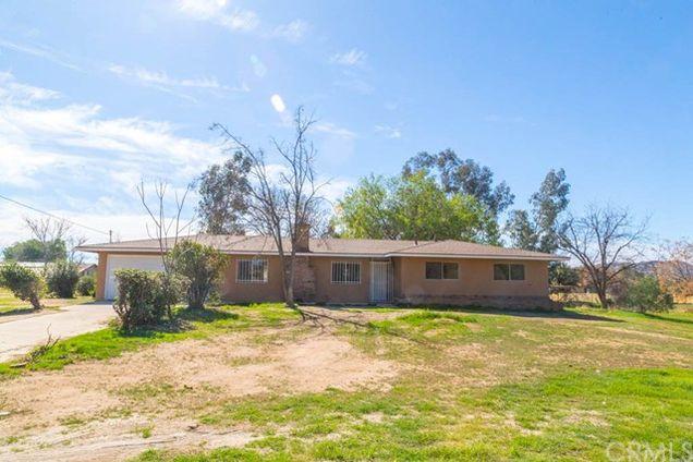 21871 Cajalco Road, Perris, CA 92570 - MLS# PW18039880