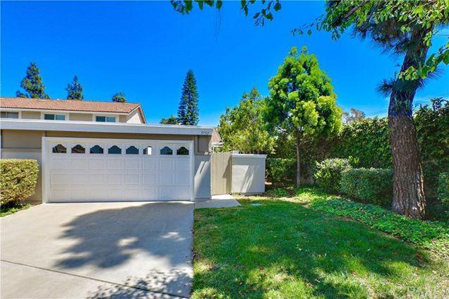 5752 Cerulean Avenue, Garden Grove, CA 92845 - MLS# PW18092920 ...