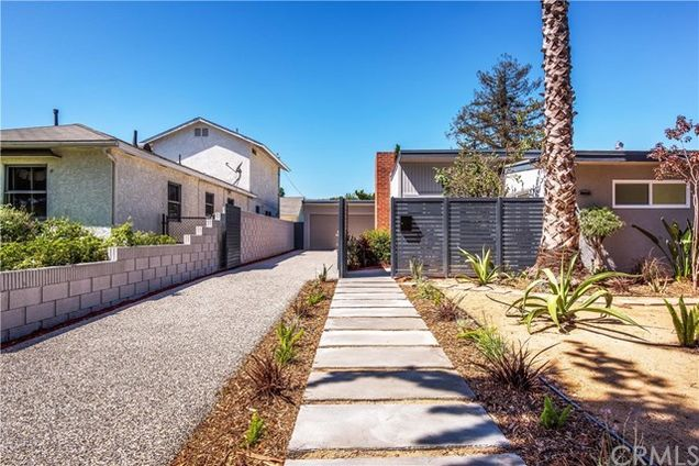 4439 Clark Avenue, Long Beach, CA 90808 - MLS# PW18221762