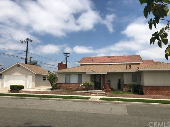 12135 186th Street, Artesia, CA 90701 - MLS# RS19132184 | Estately